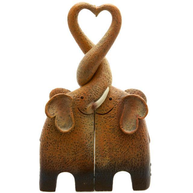 Brand New Entwined Kissing Elephant Family Making a Heart Statue Ornament