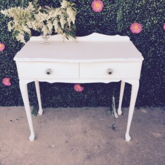 Dressing table for hire  Ingleburn Campbelltown Area Preview