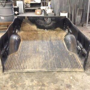 Fond de boite de camion F150