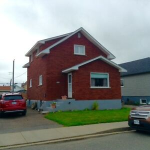 1015 ALBERTA ST *OPEN HOUSE* SAT OCT 29TH 2-4PM