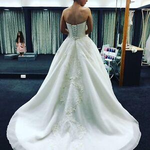 Delanqez Monique Wedding Gown Bundoora Banyule Area Preview