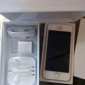 iPhone 5S 16GB ROSE GOLD   LIKE BRAND NEW  WITH BOX AND BRAND NEW ACCESSORIES FACTORY UNLOCKED ( INTERNATIONAL )