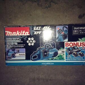 Makita Cordless Chain Saw Kit