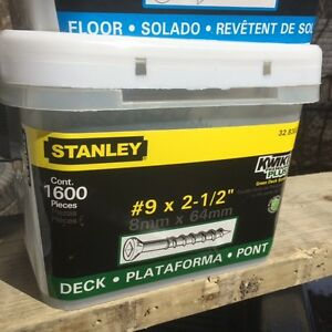 """DECK SCREWS 2&1/2 AND 3""""LARGE PAILS $37 NO TAX !!!!!!!!!"""
