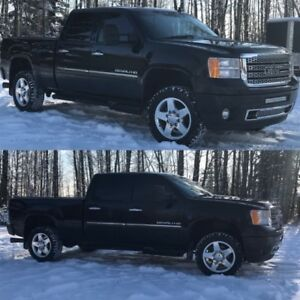Well Maintained Duramax, No Rust. Dealer serviced. Clean Truck
