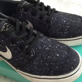 Nike Janoski Premium in Black Splatter Melbourne CBD Melbourne City Preview