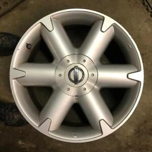 "4 - 2005 Nissan Murano 18"" Alloy Rims with Sensors and Center Caps"