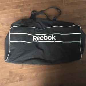 Reebok hockey bag in good condition Reebok hockey bag in good co