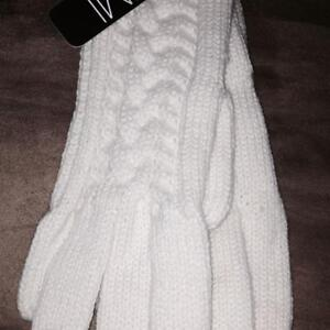 Small Wholesale lot of ladies Mitten Gloves 3 Colours