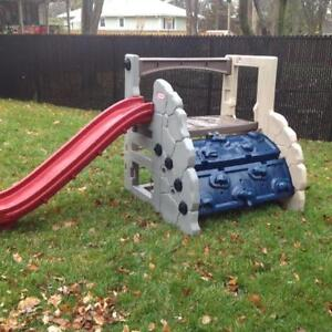 Little Tikes Adjustable Mountain Climber and Slide