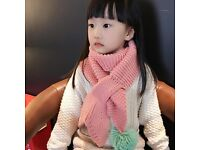 Gorgeous kids knitted mermaid tail scarf in 3 different colours. Stunning!