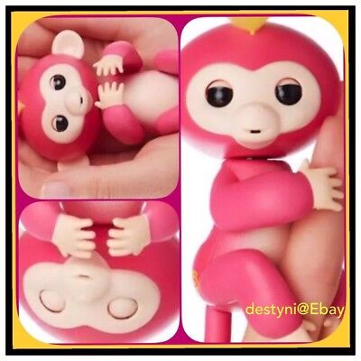 New Fingerlings Pink Bella Interactive Wowwee Baby Monkey Fingerling Authentic