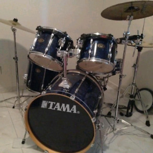 Drum batterie TAMA ROCKSTAR 3 cymbales pedales stand a