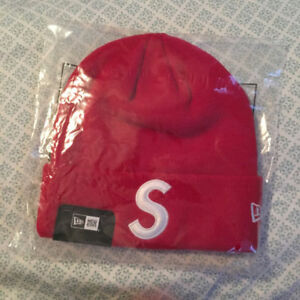 SUPREME X NEW ERA BEANIES 100% AUTHENTIC DEADSTOCK