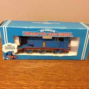 Hornby UK Thomas Tank Engine Electric Trains OO gauge used boxed London Ontario image 1