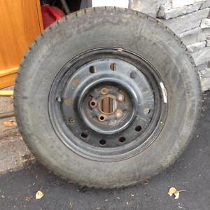 Great set of 4 * 215/70R15 Michelin Winter Tires