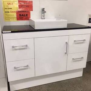 Bathroom vanity 1200 package just $499 one sets left!!! Burwood Whitehorse Area Preview