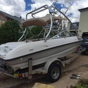Bowrider 5.5m Boat in great condition