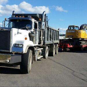 Mack superliner dump truckfor sale