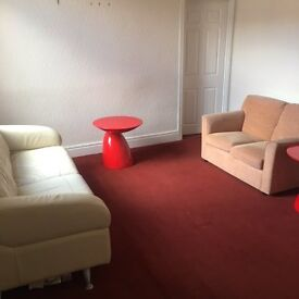 NO FEES! Ideal 2 Bedroom Upper Flat Located in Holly Avenue Wallsend