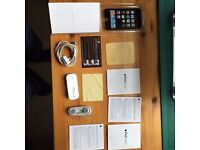 iPod Touch 2nd generation box 8GB with accessories