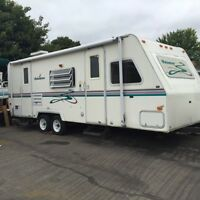 2001 Palomino Thoroughbred T-25FB Travel Trailer