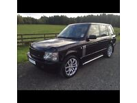 Range Rover Vogue Autobiography Edition in Black - stunning for its year.