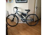 "NEW VIKING CAMDEN FS URBAN SPORT 18"" HYBRID MOUNTAIN BIKE NEVER USED - with over £90 of accessories"