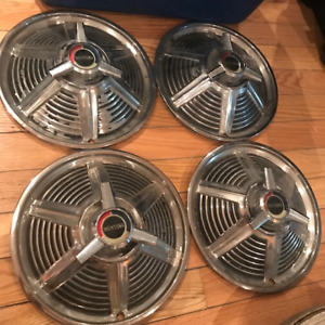 1964 1/2 1965 Ford Mustang Original 14'' Deluxe Spinner Hubcaps