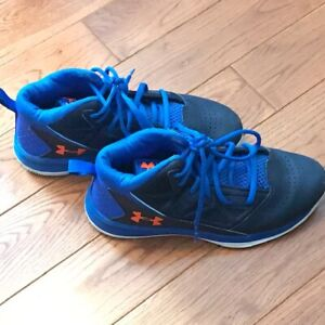 Girls Under Armour Basketball Sneakers - Size 3Y