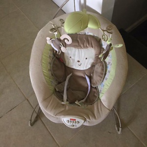 Fisher price Snugamonkey deluxe bouncy chair