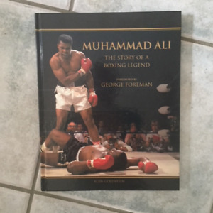MUHAMMAD ALI. THE STORY OF A BOXING LEGEND (HC)