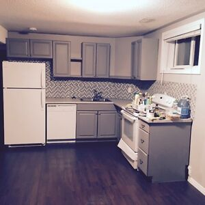 2 bedroom apartment- available April 1st**