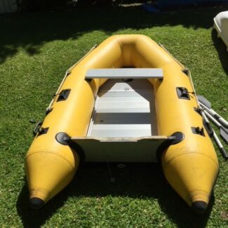 Aristocrat 2.7m Inflatable Dinghy - Ali floor, seat oars
