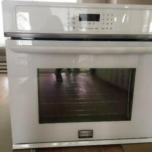 Frigidaire Gallery Wall Oven