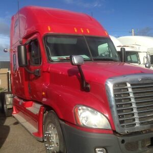 Call Syed 2008 Freightliner Cascadia Automatic 72;Double Bunk.