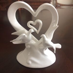 Love Birds:  Wedding Cake Topper OR  Figurine