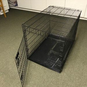 ***DOG CAGE - Nearly New***