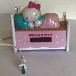 Sanrio Hello Kitty Digital Alarm Clock Sleeping Kitty AM/FM Radio KT2052