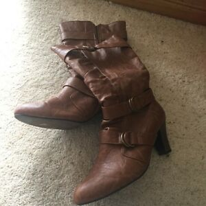 Brown boots Echunga Mount Barker Area Preview