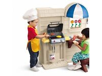 Little Tikes Inside/Outside Cook 'n Grill Kitchen