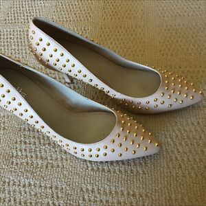 Ladies nude heels studs size 9 as new Betts brand Tanah Merah Logan Area Preview