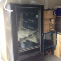 Refriderated/Frozen Vending Machine for sale/Coin Mech's