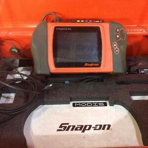 Snap-on Modis EEMS300 E12 Used with Accessories