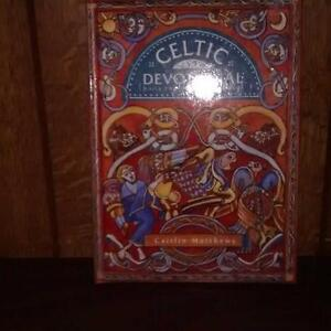 Celtic Devotional: Daily Prayers and Blessings- Caitlin Matthews West Island Greater Montréal image 1
