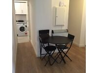 NEW DOUBLE ROOM JUST IN FRONT QUEEN MARY UNIVERSITY, STEPNEY GREEN ZONE 2
