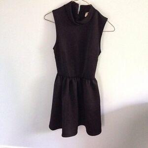 Black XS dress