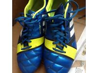 FOOTBALL ADIDAS BOOTS BLUE TURQUOISE/YELLOW IN COLOUR SIZE 9 UK