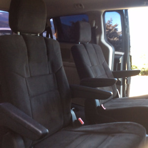 Dodge Grand Caravan Stow and Go seats