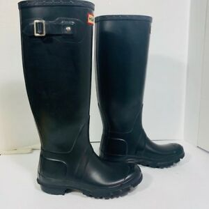 *HUNTER - AUTHENTIC - bottes femem - taille 4 US ou 35 EU*